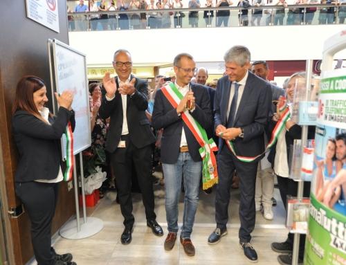 Ha inaugurato oggi a Pesaro l' Ipercoop Miralfiore completamente rinnovato