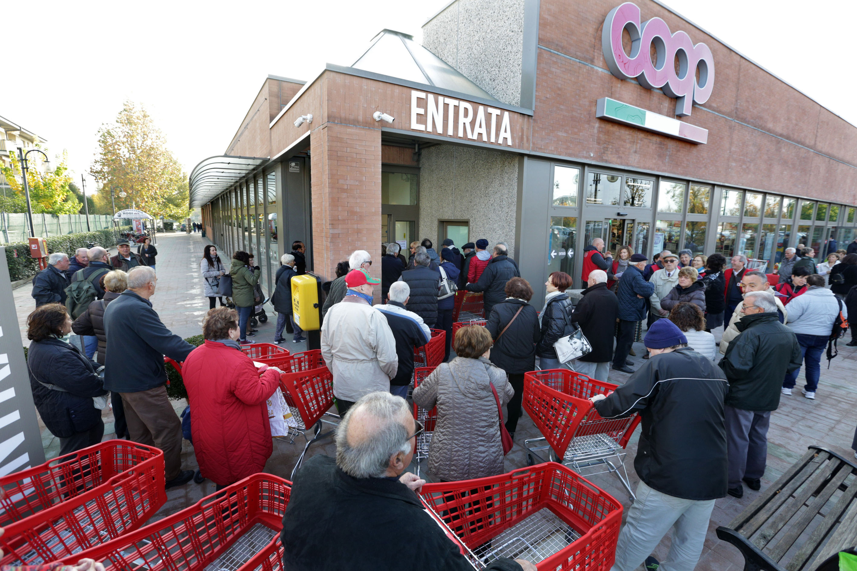 Anzola Emilia (Bologna), 11/11/2017.  Inaugurazione supermercato Coop di via XXV Aprile dopo i lavori di ristrutturazione.  ARCHIVIO COOP ALLEANZA 3.0 – foto Paolo Righi/Meridiana Immagini